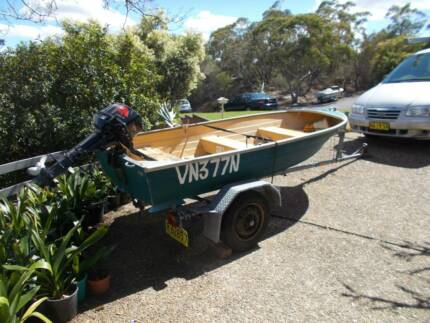 Boat - aluminium tinnie- on licensed trailer