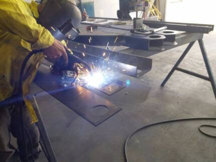***AMAZING OPPORTUNITY*** Engineering & Fabrication shop FOR RENT