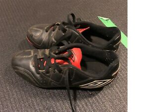 Umbro Youth Cleats, Size 13