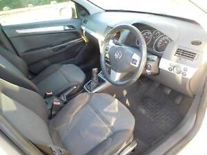 Holden astra in lismore region nsw cars vehicles gumtree holden astra 2006 diesel 6 speed great on fuel low klm fandeluxe Images