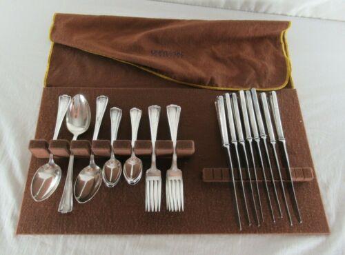 Vintage 1847 Rogers Bros. Silver Plate Flatware set of 27 + Felt Case Cromwell