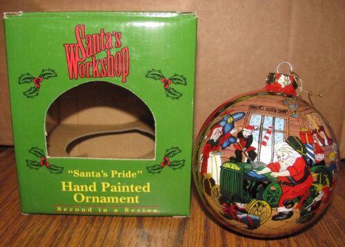 *John Deere D Tractor Toy Shop 2000 Christmas Ornament Santa