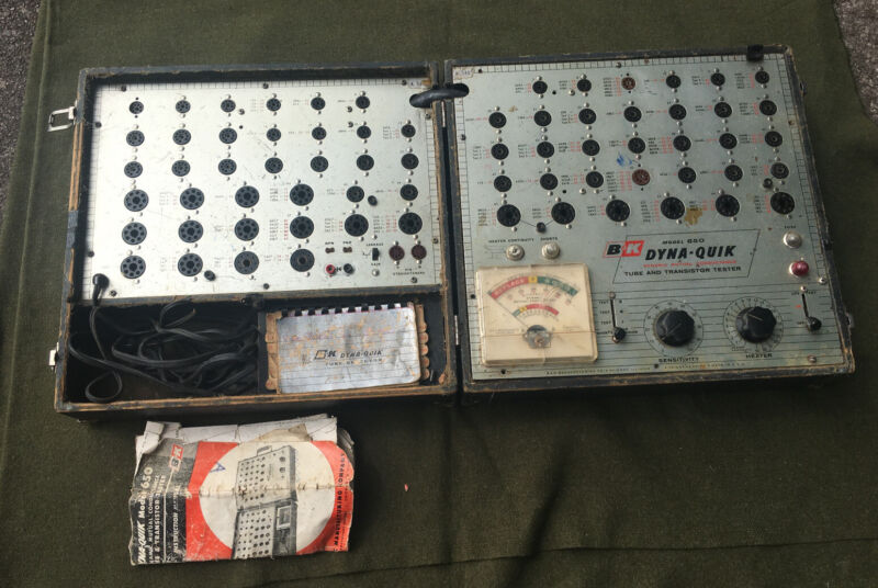 Dyna-Quick Model 650 Vintage Vacuum Tube Tester- Not Working For Repair