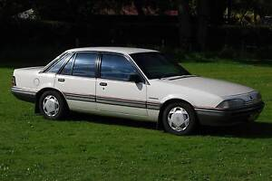 1988 Holden VL Commodore Berlina Sedan High Wycombe Kalamunda Area Preview