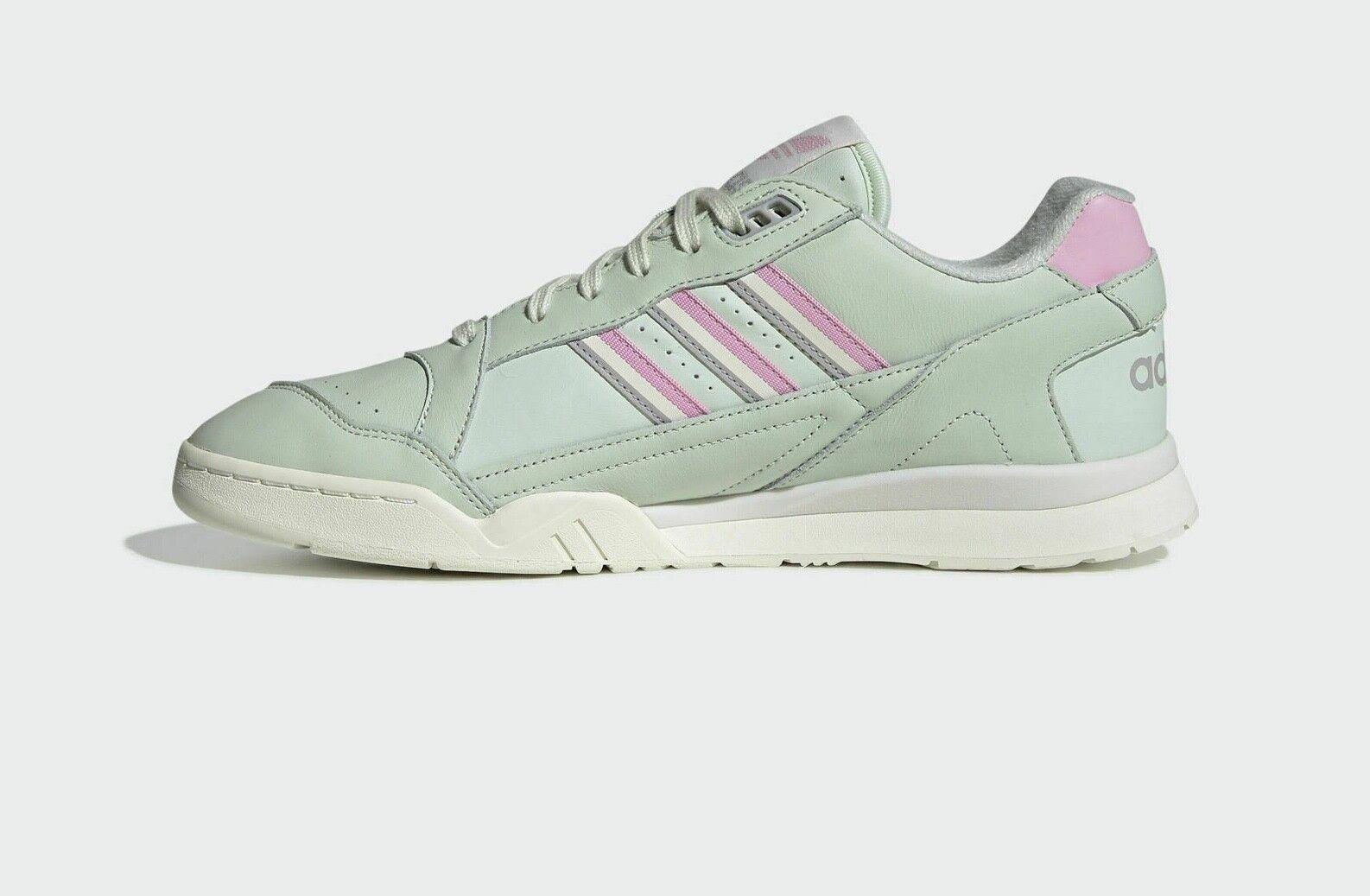 Authentic Exclusive Adidas Original A.R.Trainer ® ( Men Size UK 8.5 EUR 42.5 )🔥