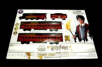 Harry Potter Hogwarts Express Wizarding World 28 Piece LIONEL Train Set NEW