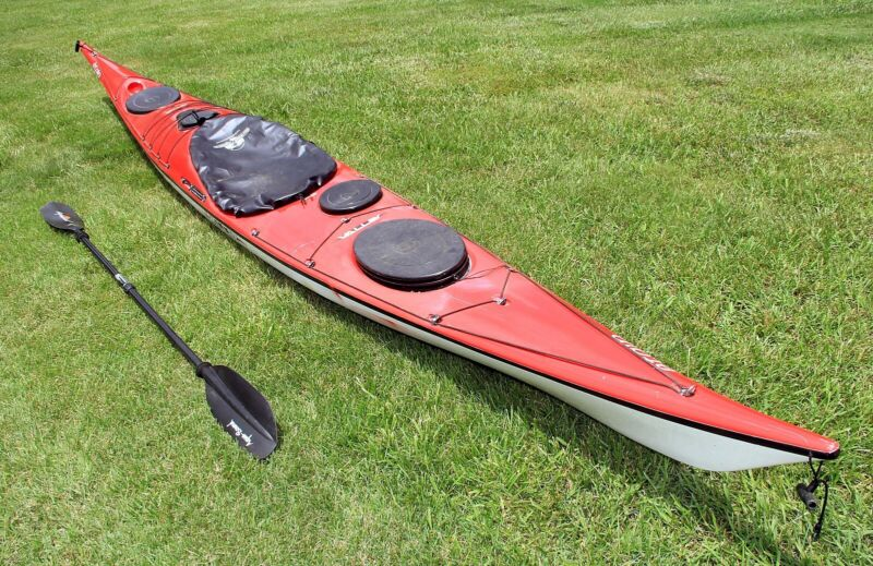 Valley Etain 17.5 ocean touring kayak with paddle and car mounts $