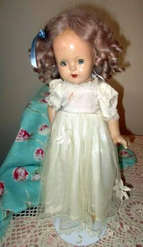ANTIQUE 15 PRINCESS ELIZABETH MADAM ALEXANDER DOLL W/WIG FULL DRESS - $49.99