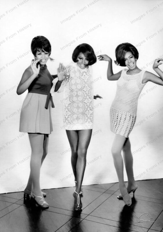 8x10 Print Diana Ross Mary Wilson The Supremes 1960
