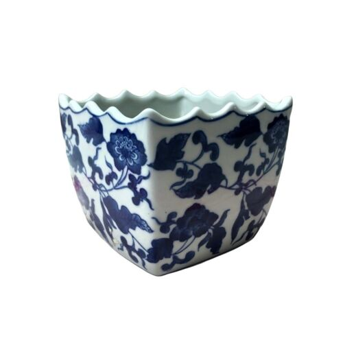 Vintage Ceramic Chinese Planter Flower Pot Blue White Flowers Scalloped Edges