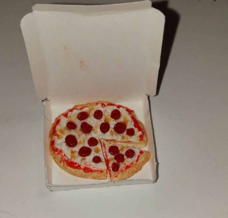 Dollhouse Miniature Pepperoni Pizza in Box Clay Food Pizza