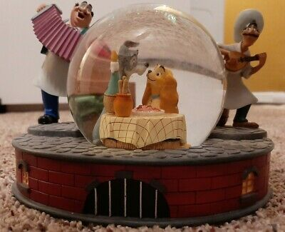 RARE Disney Lady and the Tramp Musical Snowglobe. Bella Notte. Pre-Owned.