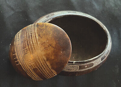 African Hand-Carved Soapstone Trinket Box w/ Lid