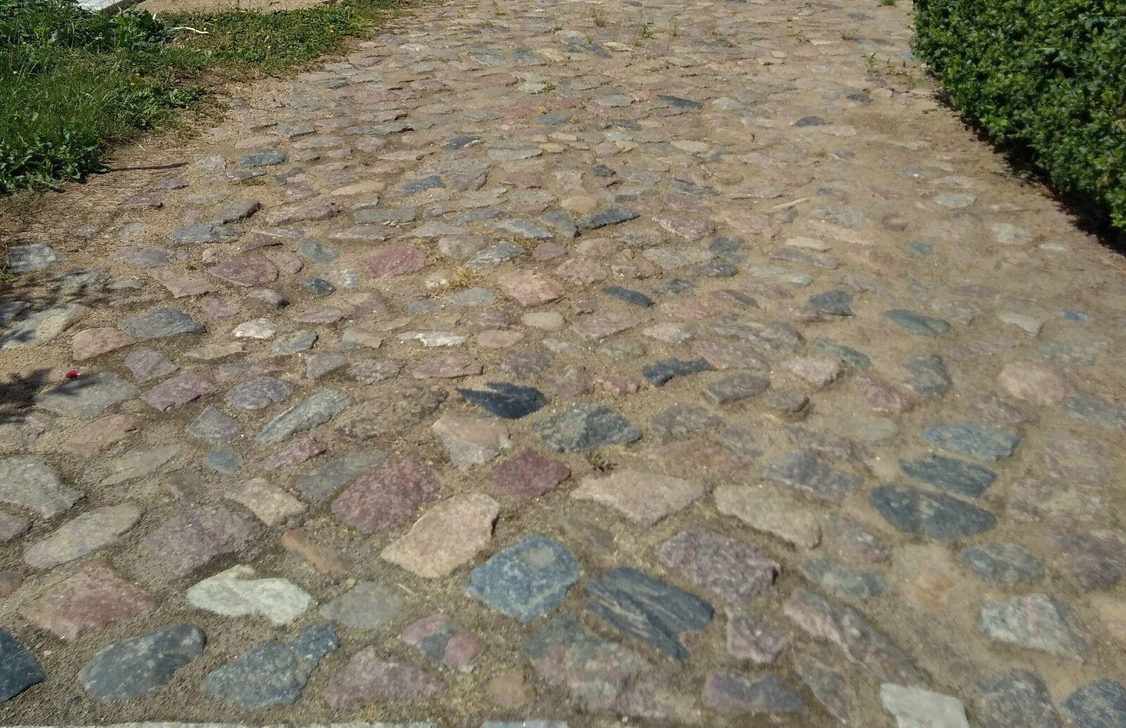 Steine für den Garten Natursteine, Gartensteine, Findlinge, Feldsteine
