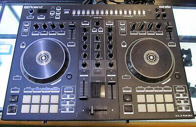 Roland DJ-505 Serato DJ Controller With Drum Machine