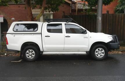 Toyota Hilux Dual Cab 4x4 Turbo Diesel Auto SR ABS Glacier White Melbourne CBD Melbourne City Preview