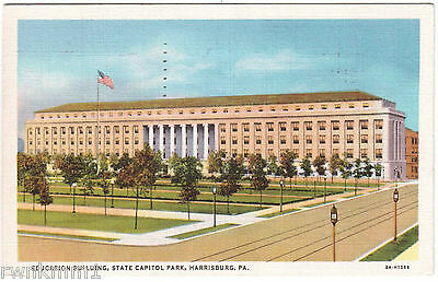AK US USA Post Card Education Building State Capitol Park Harrisburg gel. 1936