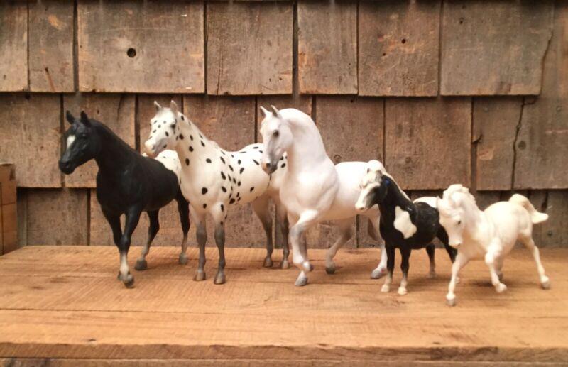 "Mixed Lot Of 5 Vintage Breyers Model Horses Black & White 10"" X 9"" 8"" X 6"""
