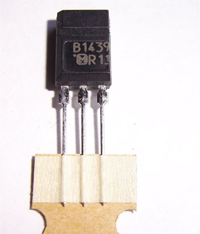 TR16: PANASONIC 2SB1439 TRANSISTORS (15 PCS )