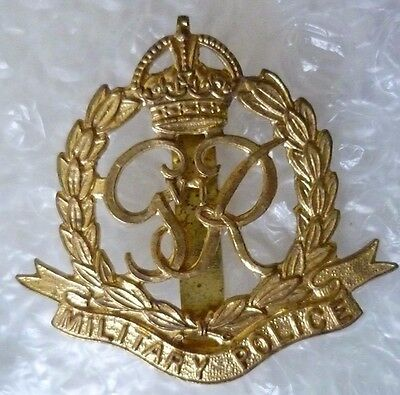 Badge- VINTAGE Military Police Cap Badge GVI (All BRASS, Slider)