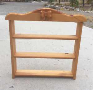 Country Style Wooden Shelf