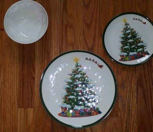 Melange Melamine Christmas Tree Dinnerware Set