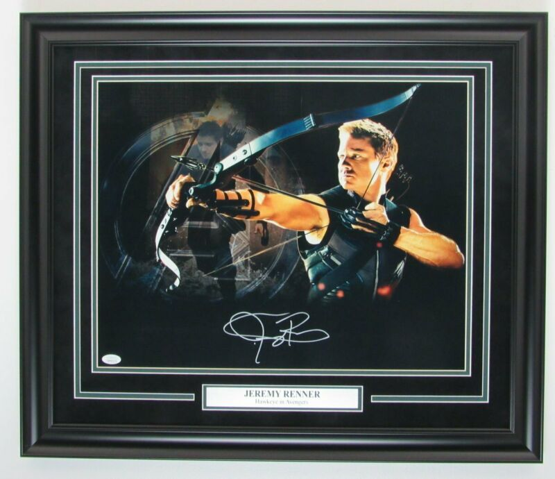 "Jeremy Renner ""Hawkeye"" Avengers Signed/Autographed 16x20 Photo Framed JSA"