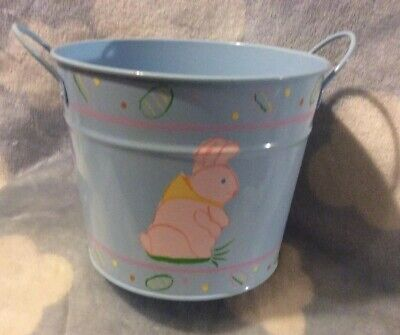"""Tin Easter Bunny & Egg  Bucket Pail Hand Painted And Crafted 6"""" Tall 7"""" Across.](Halloween Bucket Crafts)"""