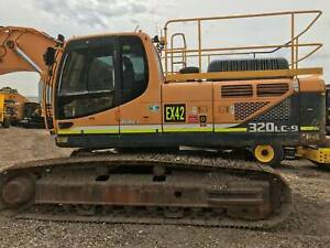 Hyundai R320LC-9 Excavator Archerfield Brisbane South West Preview