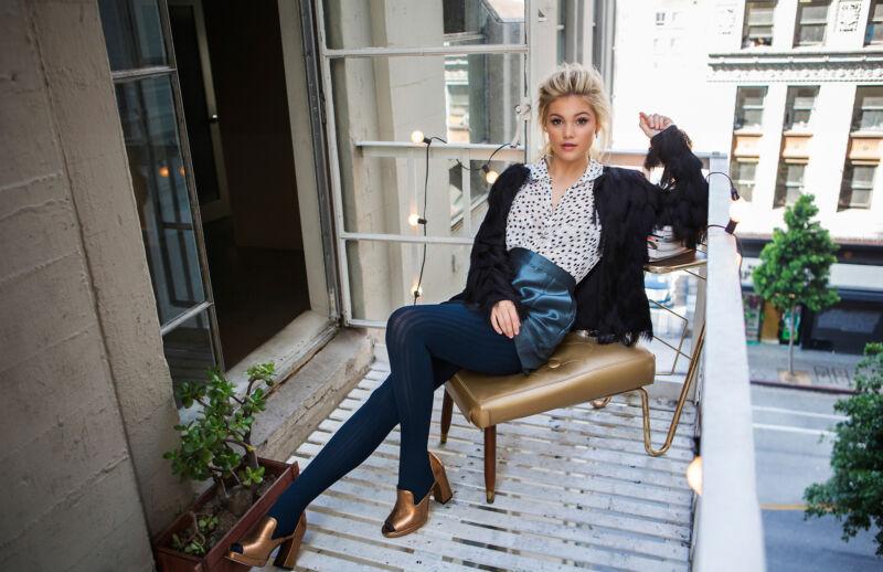 Olivia Holt Posing On The Balcony 8x10 Photo Print