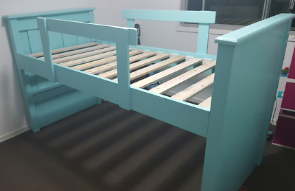 Loft bed frame - Single.