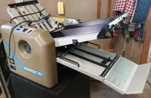 Baum Ultrafold XLT 714  Vacuum feed folder with stand