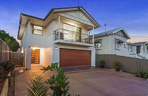 LARGE HOME - GARDEN AND POOL MAINTENANCE INCLUDED! Kedron Brisbane North East Preview