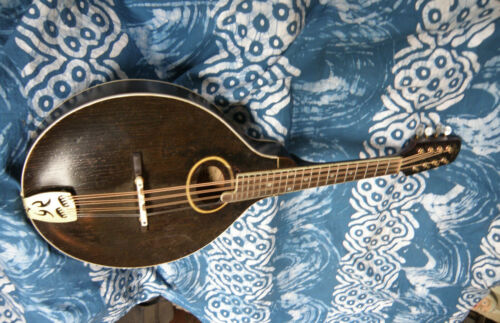 "1924 GIBSON H1 MANDOLA / ""HYDEMADE""RESTORATION / MAGICAL VOICE EFORTLESS PLAYER"