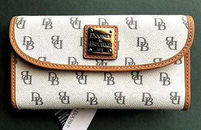 Fabric Continental Wallet - Dooney & Bourke Blakely Bone signature logo continental trifold wallet, R$118