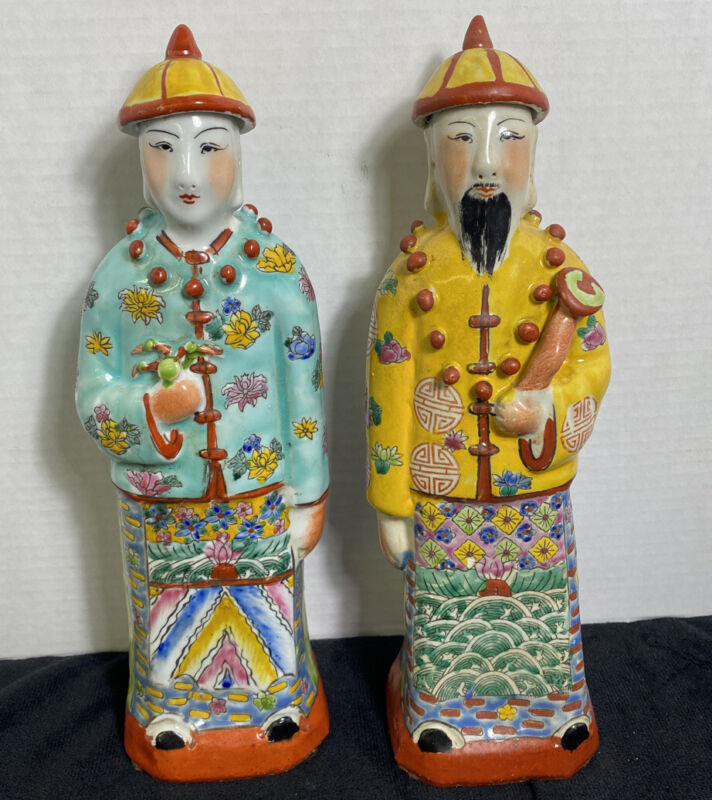 Beautiful Chinese Famille rose porcelain Emperor and Empress 11 1/2""