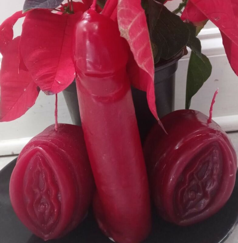 Red Dick and Pussy Candles Combo , For come to me and  love ritual spells,