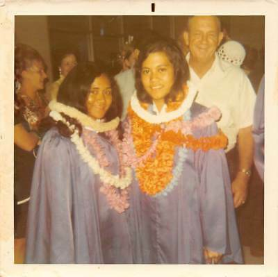 CUTE YOUNG HIGH SCHOOL GIRLS GRADUATION PARTY HAWAII LEI HAWAIIAN VTG PHOTO S85](High School Graduation Parties)