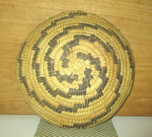 """ANTIQUE 8 1/2"""" WIDE PIMA PAPAGO NATIVE AMERICAN INDIAN HAND WOVEN COILED BASKET"""