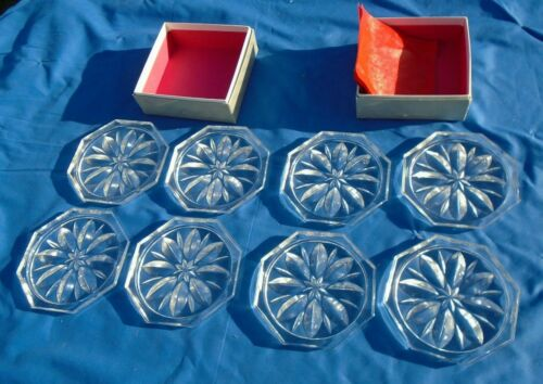 """Coasters Clear Glass Star Design 8 Sided Star Design 4 ½ """" across Flat set of 8"""