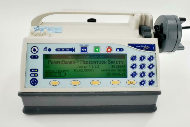 Smiths Medical Medfusion 4000 Pump Ver.1.1.2 Wireless w/Pharmguard & Pole Clamp