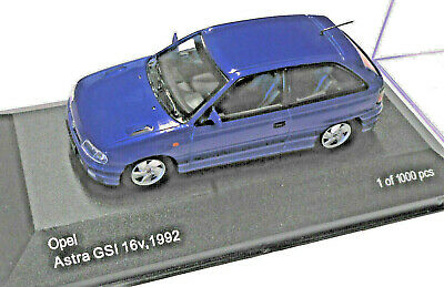 WHITEBOX WB211 Opel Astra GSI 16v 1992, 1/43, mb