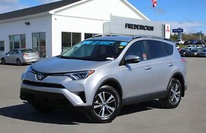 2018 Toyota RAV4 LE REDUCED   AWD   HEATED SEATS   BACK UP CAM