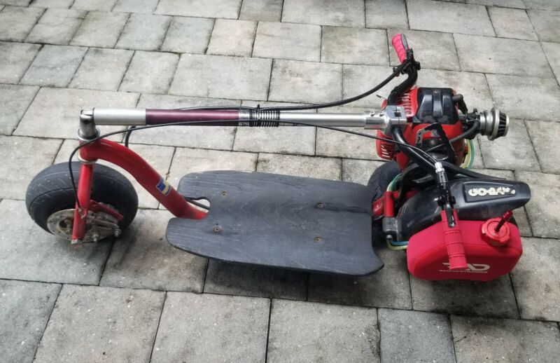 California Go Ped GSR40 Gas Scooter Goped RED GSR 40