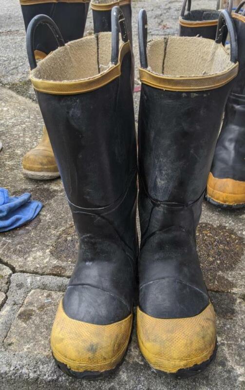 Ranger Firewalker Fire Boots 6 Medium Servus Morning Pride