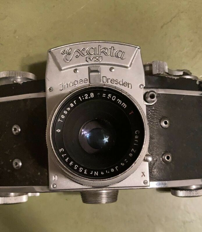 Ihagee Exakta VX- Built in Dresden includes Carl Zeiss 50mm f2.8 Lens