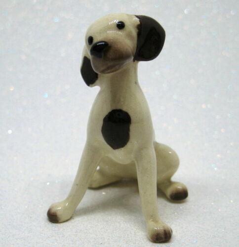 Hagen Renaker miniature made in America Pointer dog Mama