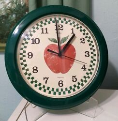Vintage Westclox Wall Clock Green frame apple from Farm Fresh pattern country