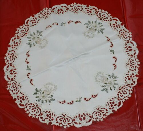 Beautiful Lace & embroidered  Holiday Christmas  TABLECLOTH  fancy!  great cond.