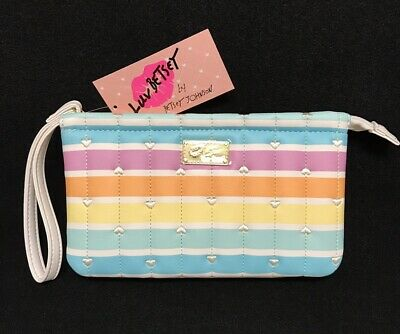 Betsey Johnson Luv LbZhen12 Quilted Heart Rainbow double pouch Wristlet New!
